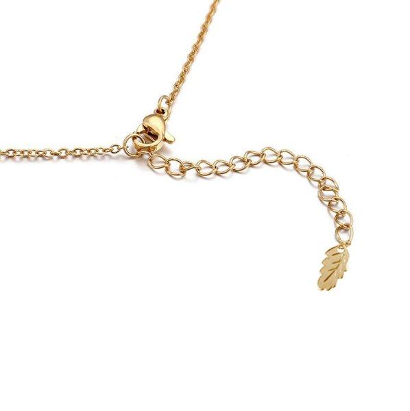 halsband bokstav guld
